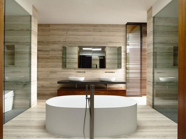 完璧なミニマリストのバスルームのデザイン