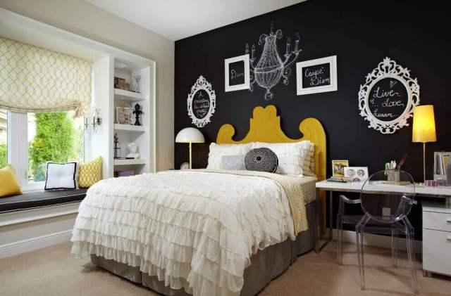 寝室のデザイン黒板ペイント