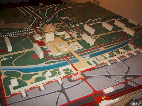 先見の明のあるル・コルビュジエの闘争とセント・ダイ・ユートピック再建計画