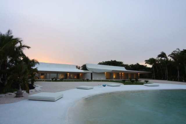 ドミニカ共和国のA-ceroによる大規模なコンクリートの家(11)