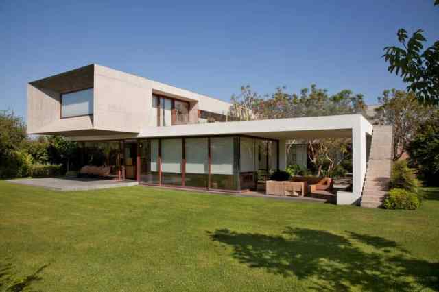 Urzua-Cofre-House-
