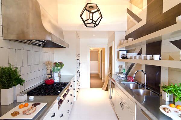 あなたの台所をジャズする15の驚くべきステンレス鋼カウンタートップのアイデア1