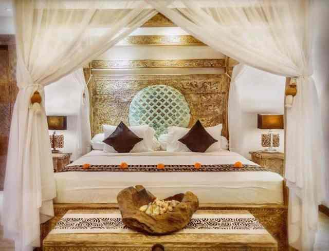 キャノピーロマンチックなベッドルームのアイデアthemanipuraestate