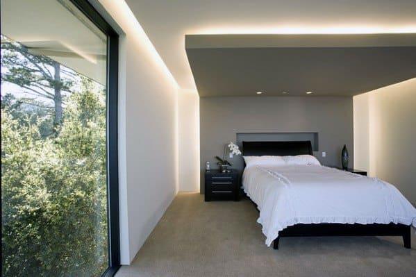 入り江と周囲の寝室の照明のアイデア