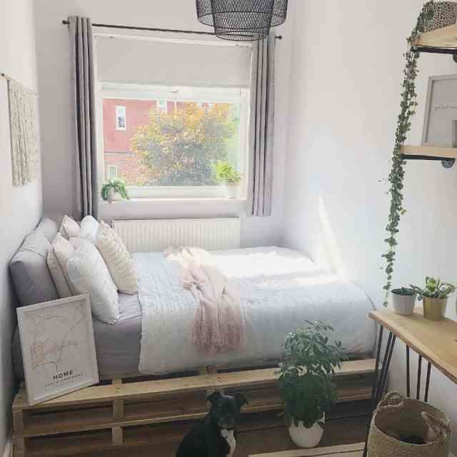 ミニマリストの自由奔放に生きる寝室のアイデアcoletteslittlehome