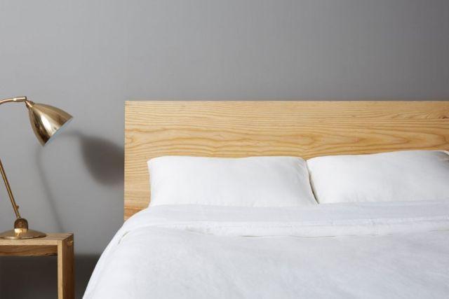ミニマリストのモダンなベッドルームのアイデア1
