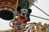 parade; mickey mouse