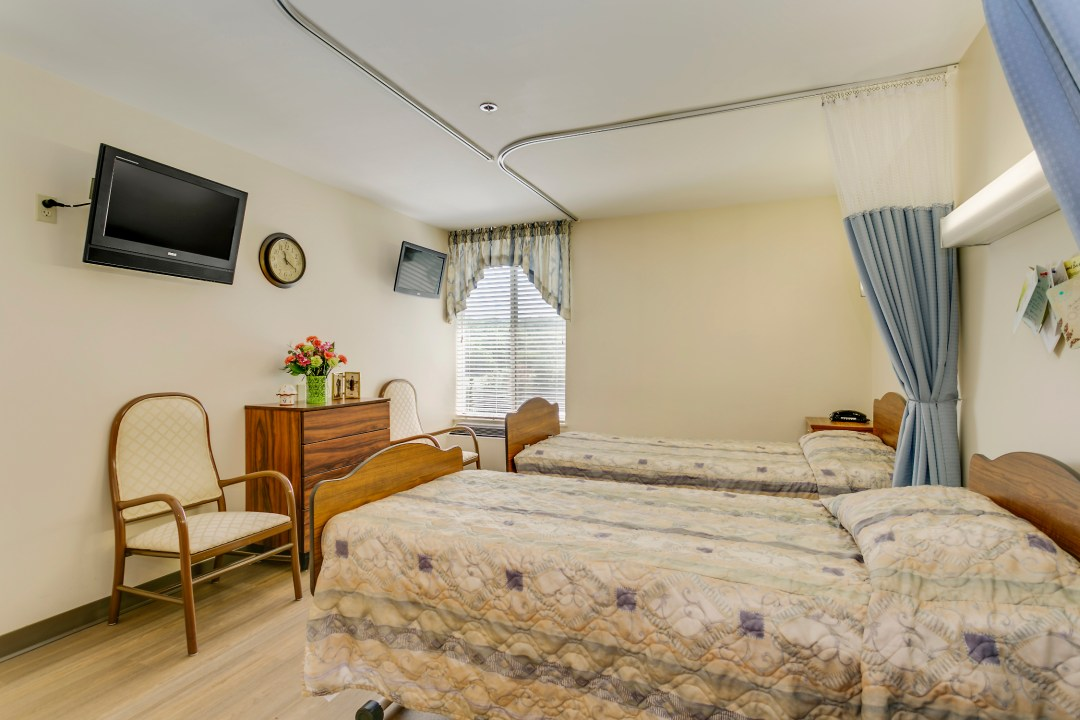 Nursing Home Resident Room in Sykesville MD