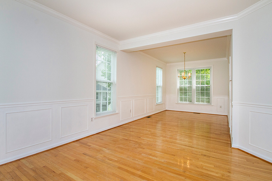 Columbia MD vacant living and dining room
