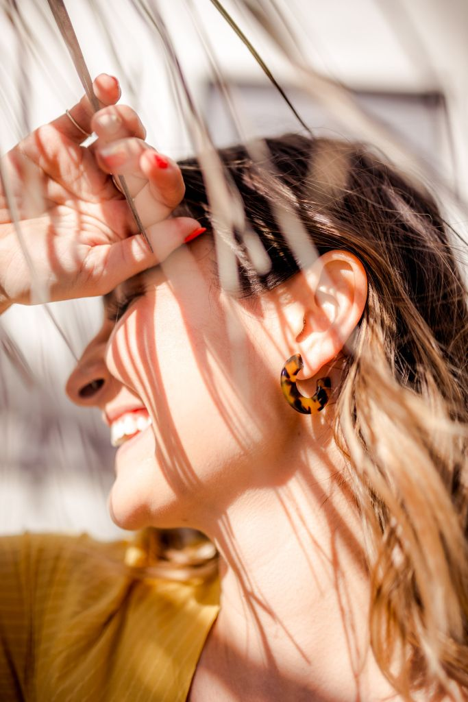 12 Minimalist Resin Earrings to Up Your Accessory Game | Charmed by Camille