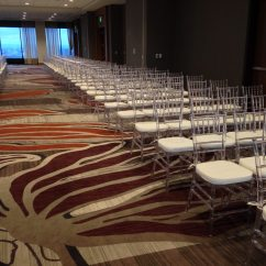 Chair Cover Rentals Denver Neon Pink Ice Chiavari Chairs In Downtown Rooftop Charming
