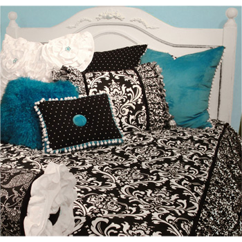 , Girls Decor! Peace, Love & Decorating Best of Best Yin & Yang Bedding Collection
