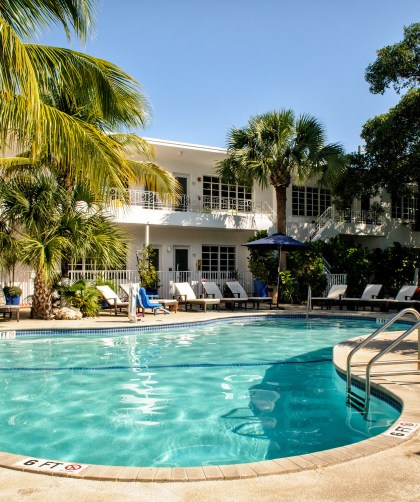 Tradewinds Apartment Hotel Miami Beach family-friendly CharmPosh