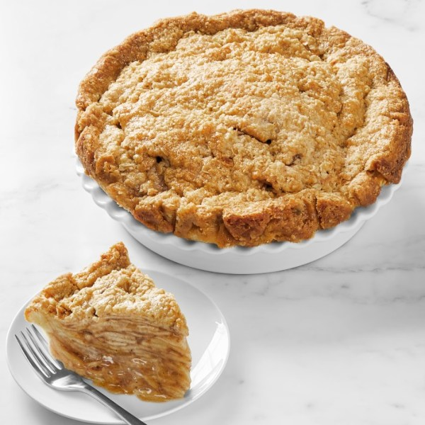 Gwendolyn Rogers' Apple Crumb Pie From The Cake Bake Shop's Menu CharmPosh