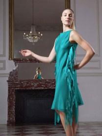 fatima-guerrout-robe-plume-decc81couverte-fashion-week-paris-2013-charonbellis-blog-mode