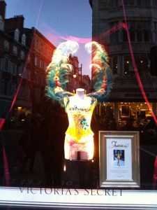 Victoria's Secret New Bond Street London - Charonbelli's blog mode