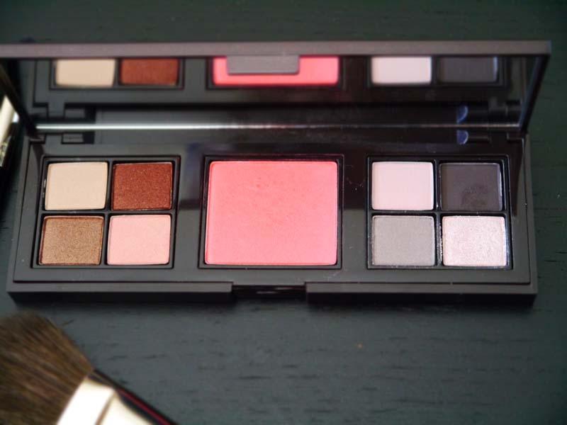 les-essentiels-de-beautecc81-laura-mercier-et-la-palette-joues-narsissist-nars-1-charonbellis-blog-beautecc81