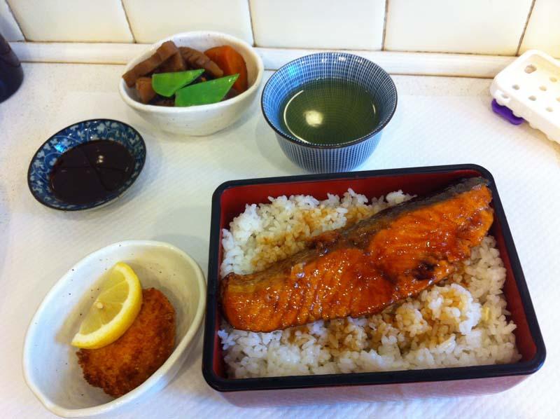 okame-1-traiteur-japonais-paris-8e-charonbellis-blog-mode-beautecc81-lifestyle