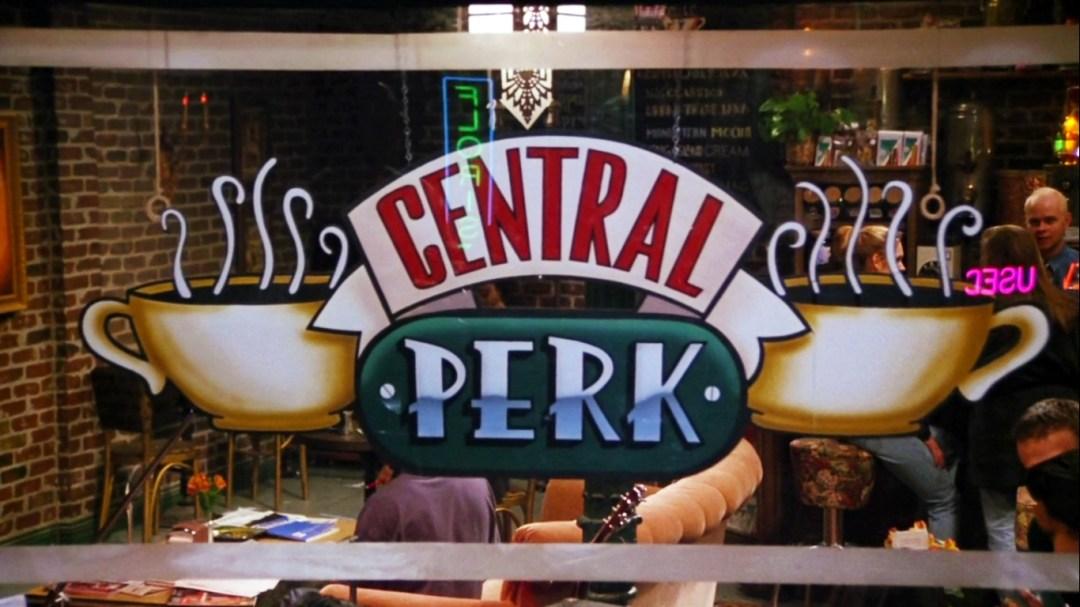 central-perk-friends-charonbellis-blog-mode-et-beautecc81