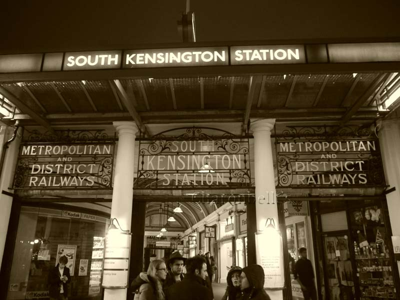 south-kensington-station-london-se-promener-dans-londres-charonbellis-blog-lifestyle