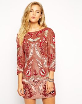 needle-thread-robe-avec-ornements-motif-tapisserie-asos-charonbellis-blog-mode