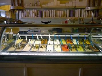 Gelateria des teatro (2) - Où manger à Rome ? Mes meilleures adresses - Charonbelli's blog voyages