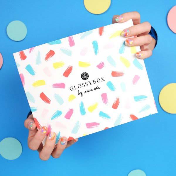 La GlossyBox X Nailmatic (1) - craquera, craquera pas ? - Charonbelli's blog beauté