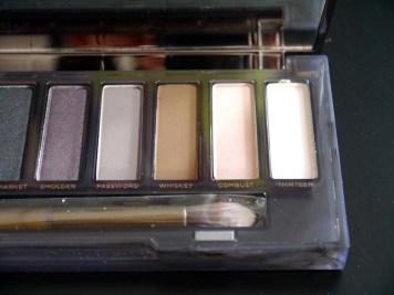 La naked Smoky Urban Decay - disponible chez Sephora et déjà à la maison ! (4) - Charonbelli's blog beauté