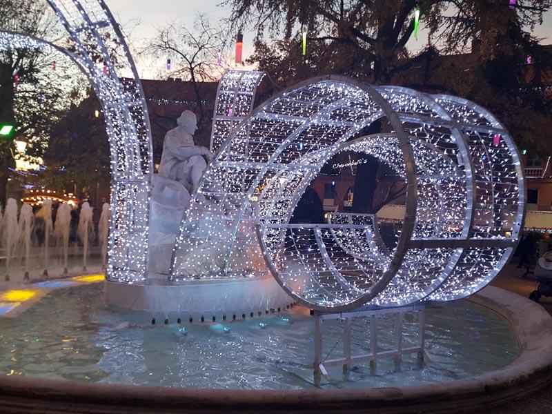 Mon Toulouse pendant les fêtes - Place Wilson (1)- Charonbelli's blog mode et beauté