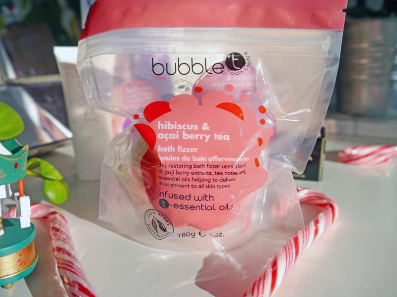 bubblet-bath-bomb-lfxmas-edition-lookfantastic-charonbellis