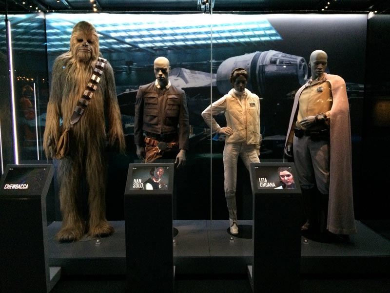 Costumes-Star-Wars-identities-exhibition-O2-London(1)-Charonbellis