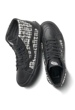 Karl-Lagerfeld-X-Vans-Sneakers(2)-Charonbellis