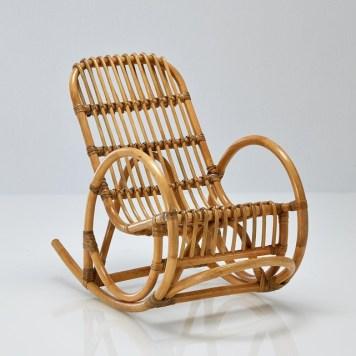 Rocking-chair-rotin-enfant-La-Redoute-Interieurs-Charonbellis
