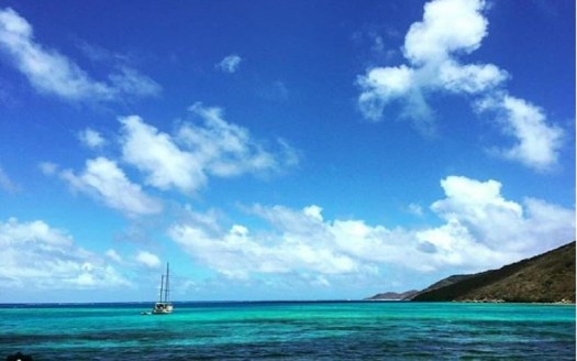 Pass through The Eustatia Sound Barrier Reef