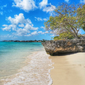 Baugher's Bay, Photo by: easterncaribbeanbreeze (Source: Instagram)
