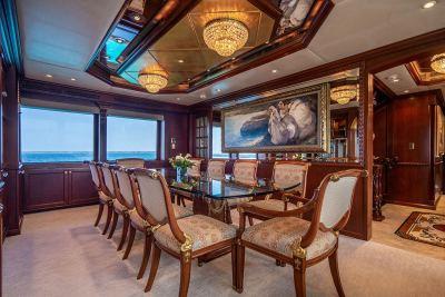 dining salon yacht relentless