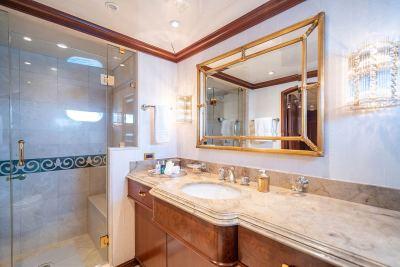 guest-bath-side-1280px-45