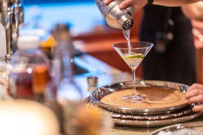 martini-1280px-45