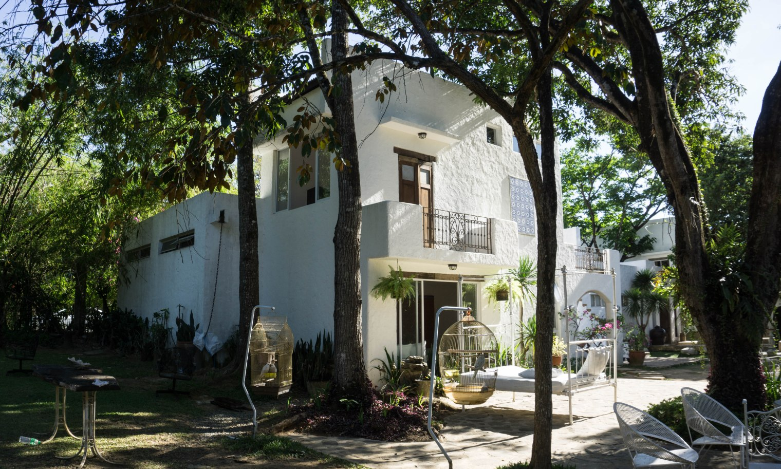 Pinto Art Museum: Architecture and Art