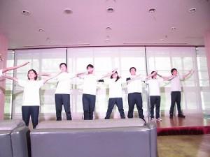 もう最高!クリスマスコンサート2014 in 勝山ニューホテル ステージいっぱいに広がって躍動する奥越明成高校演劇部/どこまでもアマチュア