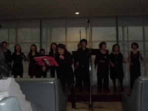 もう最高!クリスマスコンサート2014 in 勝山ニューホテル 南部 比登美氏も歌に加わって盛り上がってきたゴスペル ウィンディ フレンズ/どこまでもアマチュア