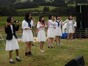 六呂師高原アルプス音楽祭2015 福井大学アカペラサークル ふれんどの女性だけのバンド/どこまでもアマチュア