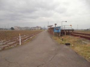 足羽駅はこんなところでした。 田んぼと道と駅/どこまでもアマチュア