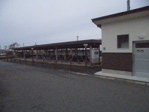越前東郷駅を見てきました。 大規模な自転車置き場/どこまでもアマチュア