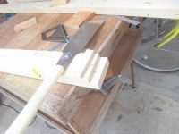日曜大工教室~基礎からやり直し編~ 新しいのこぎりで床板のL型切り込みを入れる/どこまでもアマチュア