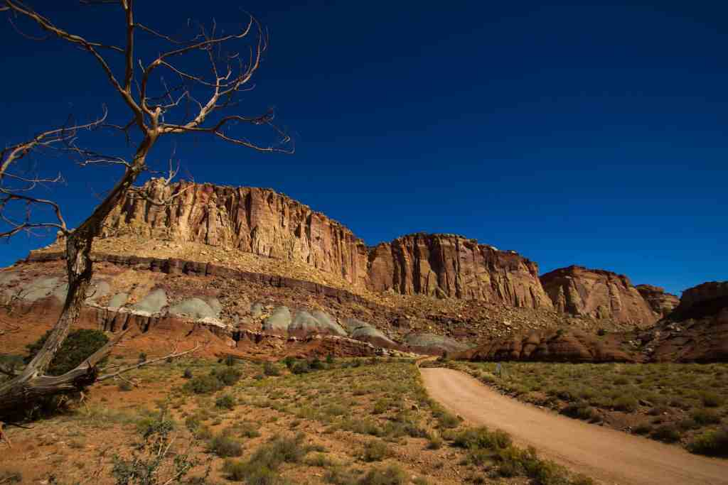 road to capitol reef