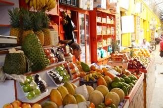 Lecker Früchte auf dem Fruitmarket