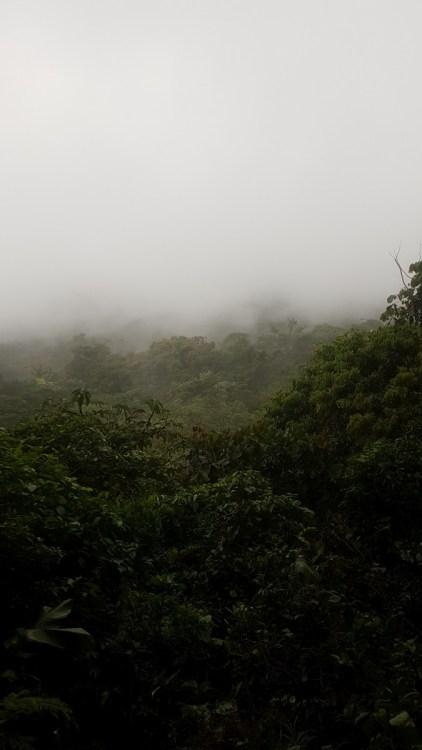 Der Arenal Vulkan - Hinter dem Nebel...