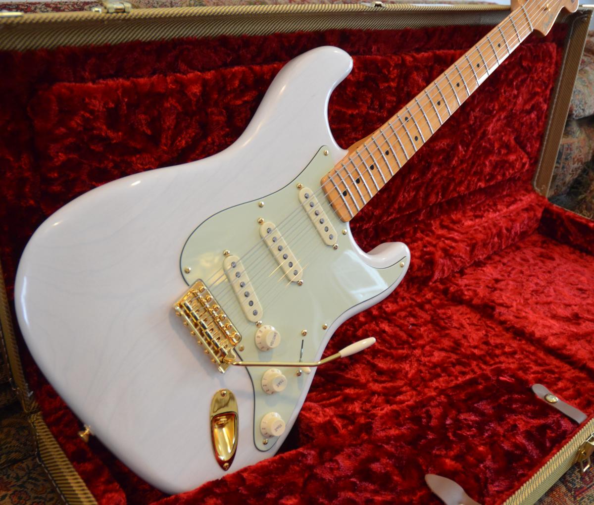 Mary Kaye Stratocaster | ChasingGuitars