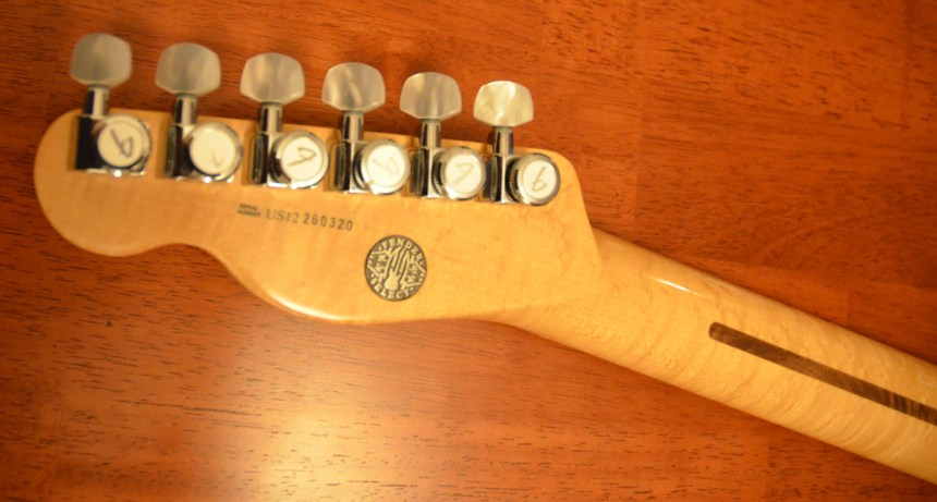 Fender Select neck, Fender locking tuners with pearl
